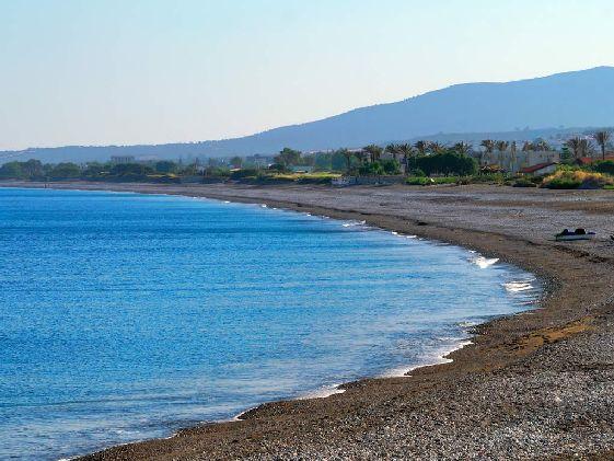 Общая протяжённость береговой линии Родоса составляет более 220 км
