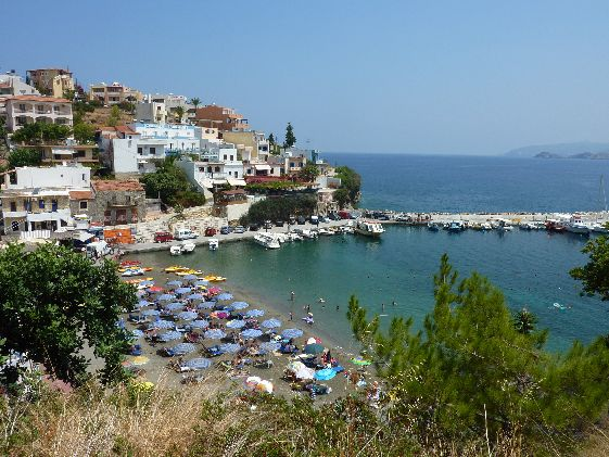 Фалираки расположена на востоке острова, в 15 км от г. Родос