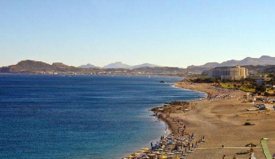 Пляжи Фалираки - одни из самых популярных на всё острове