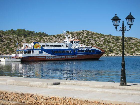 Посещая Родос, Вы гарантируете себе посещение по крайней мере еще с десяток великолепных греческих островов!