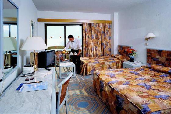 Один из номеров отеля ''Grecotel Rhodos Royal''