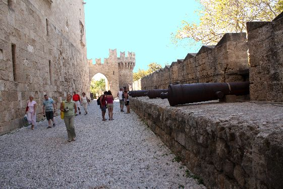 Средневековый город - главная изюминка города Родос