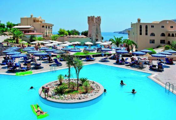 Отель ''Grecotel Rhodos Royal'' выполнен стиле греческой деревни