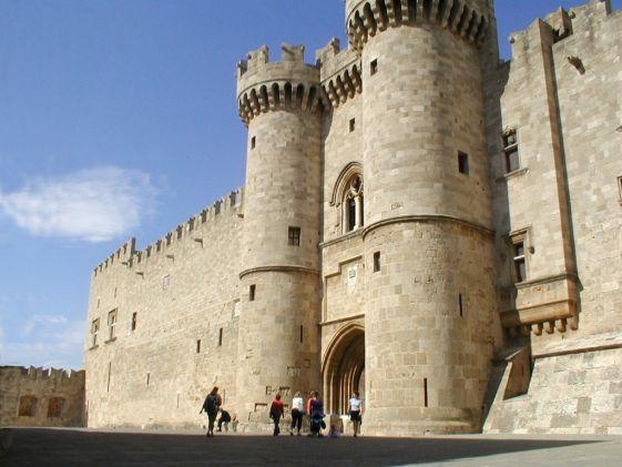 Монументальный дворец главы ордена - Великого Магистра