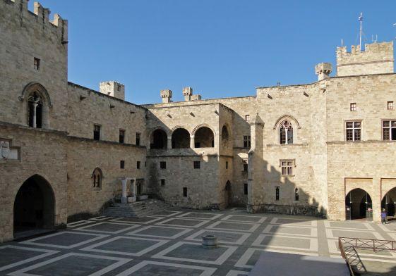 Госпитальеры выстраивали настоящие крепости на Родосе