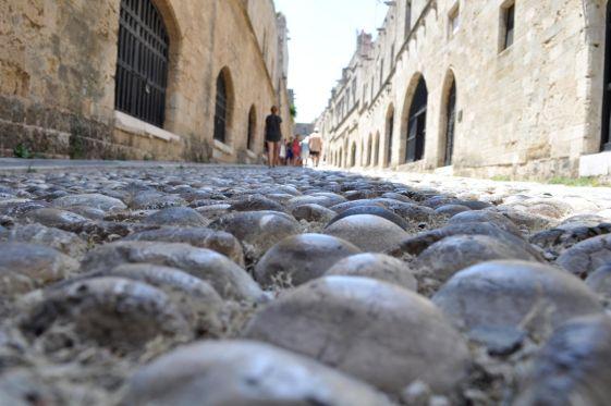 Знаменитая улица рыцарей на Родосе