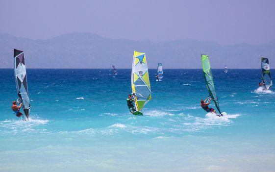 Многие считают Родос одним из лучших мест для серфинга не только в Греции, но и во всей Европе